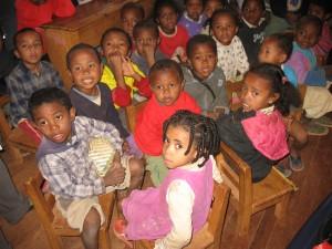 enfants de la petite école